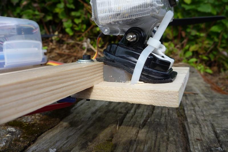 Comment stabiliser l'image ? QuadH-FPV-wood-gel